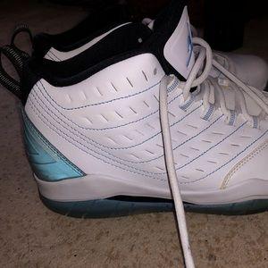 Nike Shoes - Nike Air Jordan Velocity size 6.5